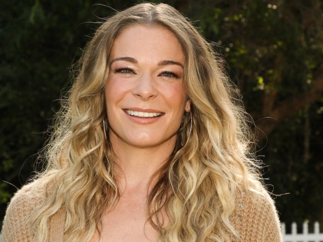 LeAnn Rimes Says Releasing 'How Do I Live' at the Same Time as Trisha Yearwood 'Didn't Feel Good'