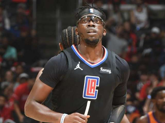 Los Angeles Clippers' Reggie Jackson Sends Tearful Message to Team After Playoff Loss