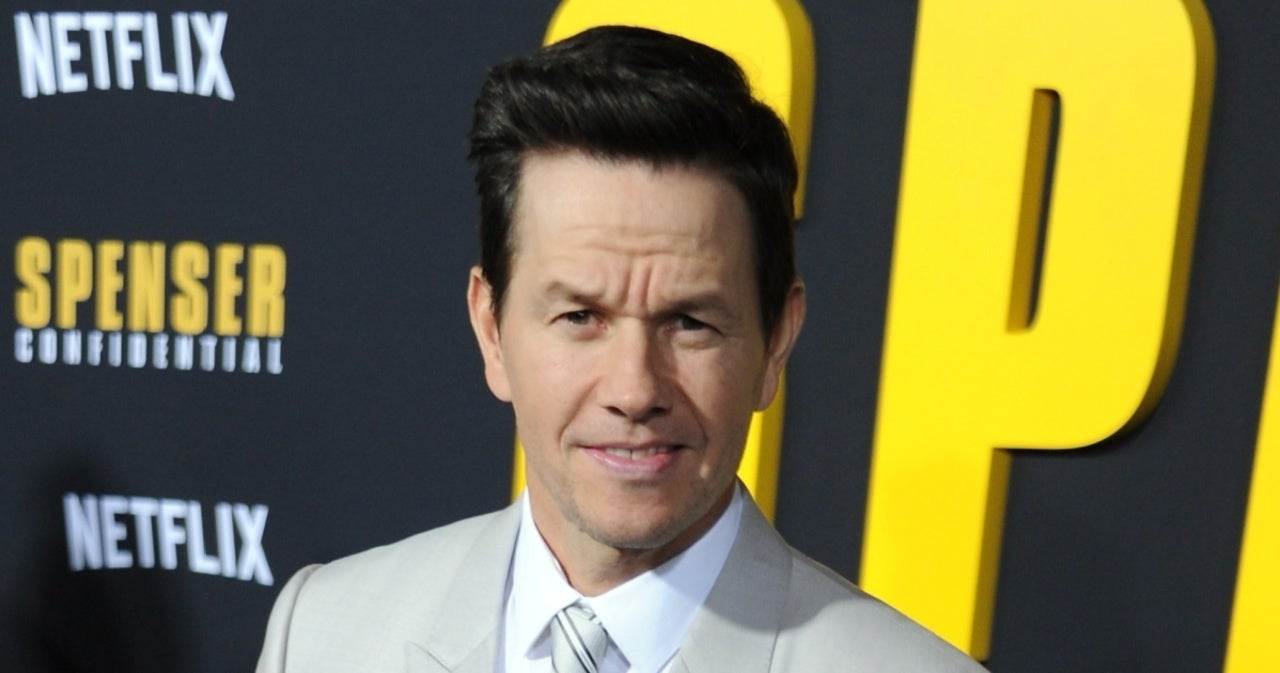 Mark Wahlberg Shares Rare Photo With His Kids.jpg