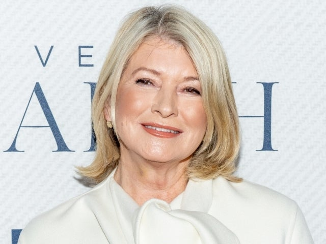 Martha Stewart Reveals New 'Uncomfortable' Photo of Recovery Following Surgery