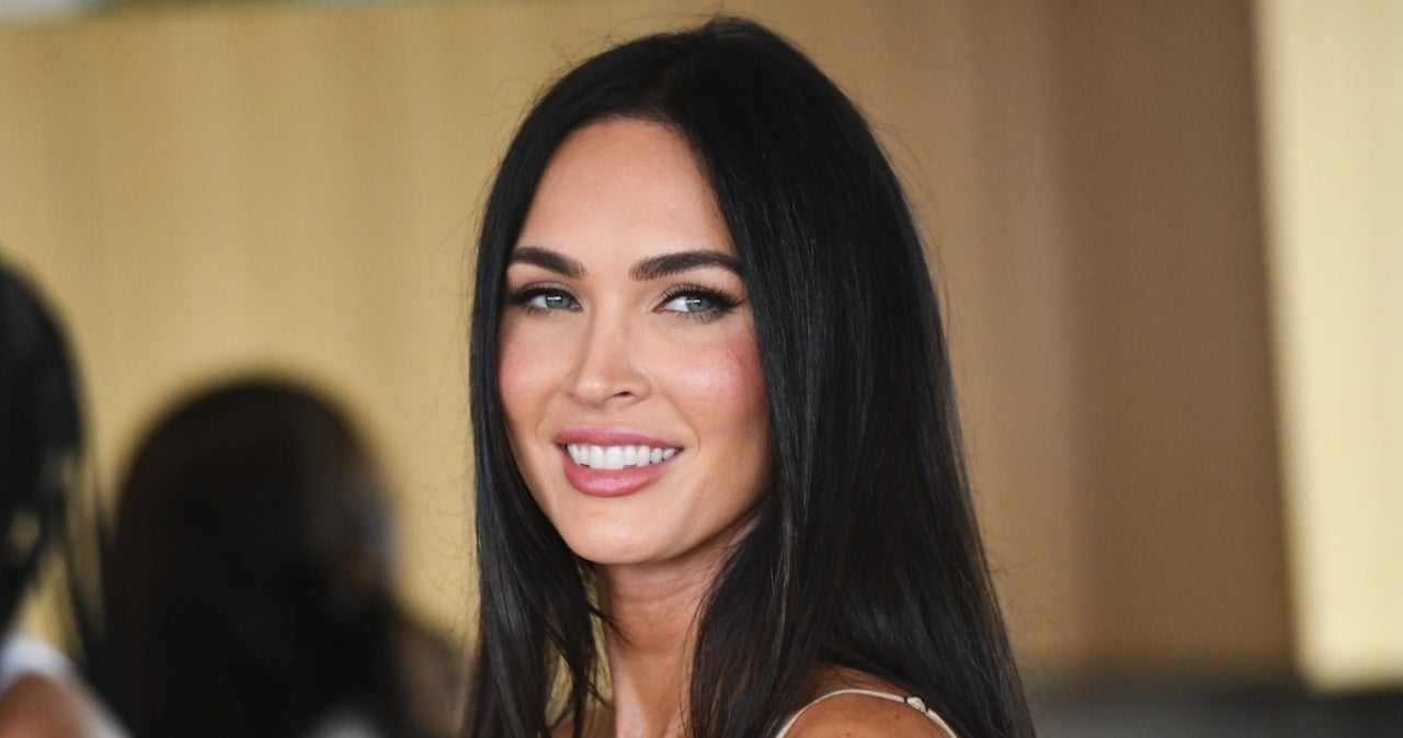 Megan Fox Reveals She Stopped Drinking Because of 'Belligerent' Comments She Made at Golden Globes.jpg