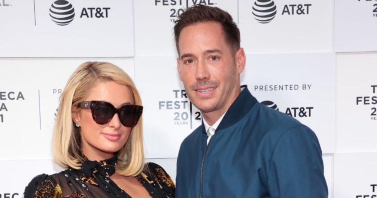 Paris Hilton Denies Pregnancy Report in New Podcast Episode.jpg