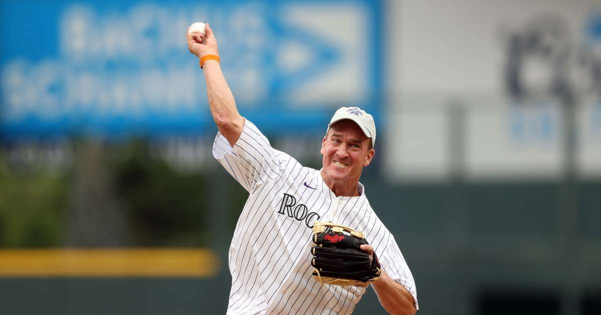 Peyton Manning throws out first pitch MLB All-Star game