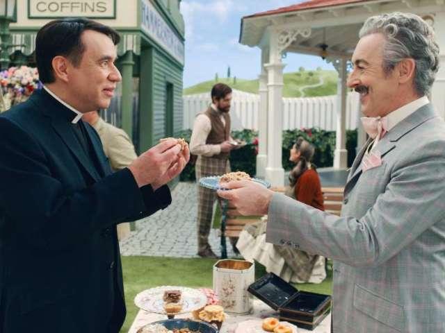 'Schmigadoon!': Mayor Menlove and Reverend Layton Share Special Moment in Apple TV+ Exclusive Clip