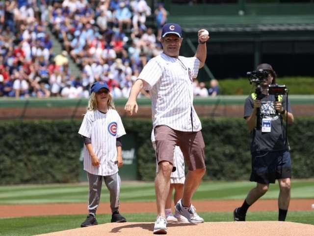 'Ted Lasso' Star Jason Sudeikis Joined by His Kids to Throw the First Pitch at Cubs Versus Cardinals Game