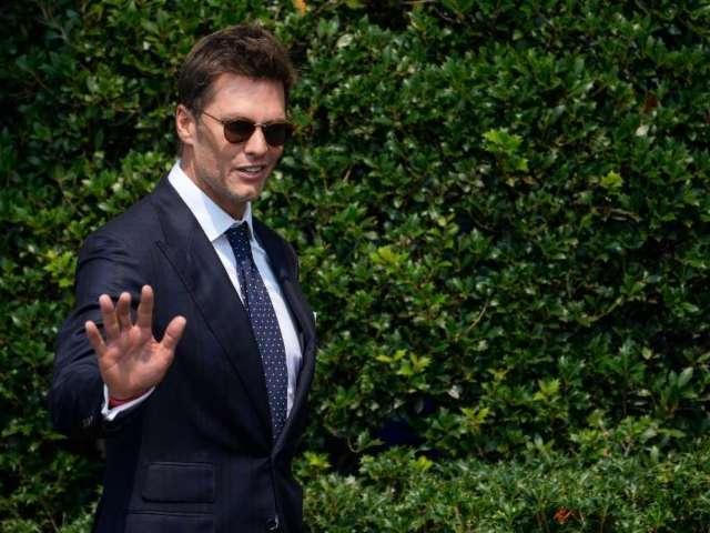 How Tom Brady Compares Himself to Michael Jordan and Wayne Gretzky