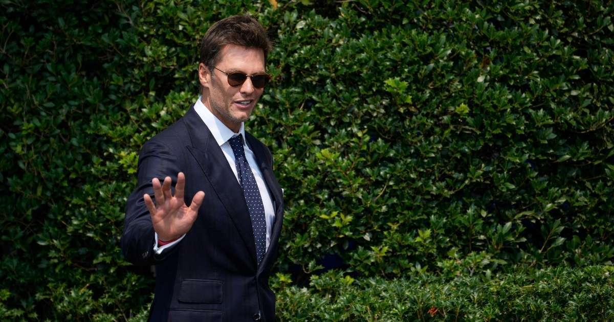 Tom Brady compares Michael Jordan Wayne Gretzky
