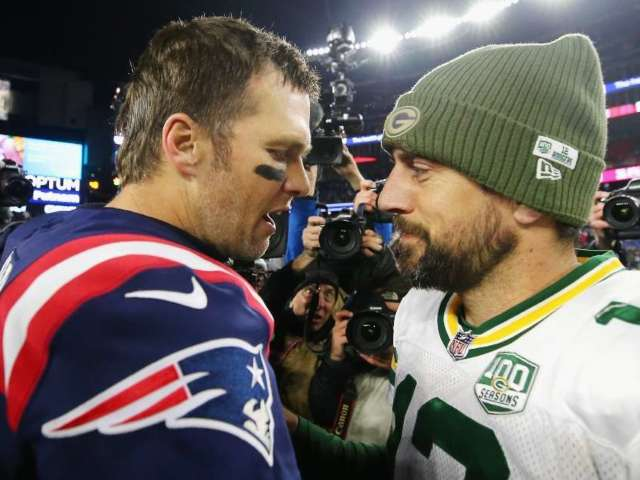 Tom Brady Trolls Aaron Rodgers About Packers Drama