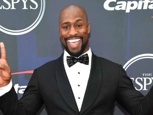 Former NFL Star Vernon Davis Details Working With Bruce Willis as Acting Career Ascends (Exclusive)