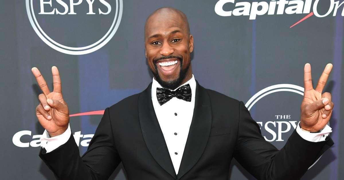 Vernon Davis former NFL star working Bruce Willis acting career ascends