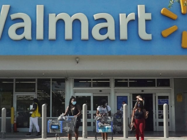 Walmart Gives Deadline for Staff to Have COVID-19 Vaccine