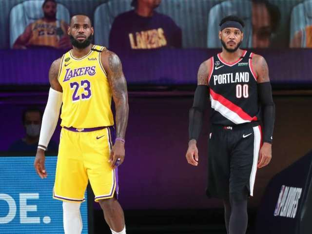 NBA Fans Lose It After Carmelo Anthony Signs With Lakers to Play With LeBron James