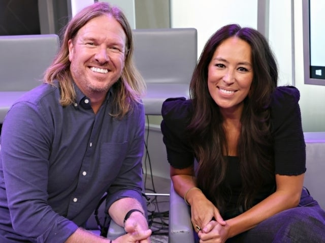Chip Gaines Shocks Fans by Going Bald for Charity