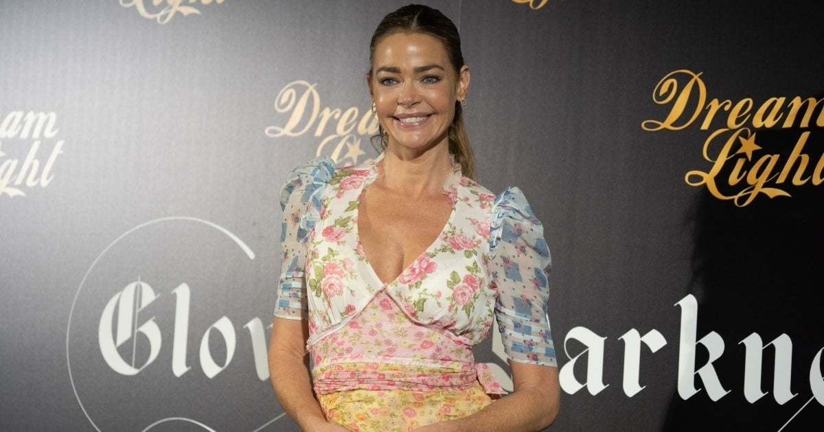 DENISE RICHARDS GETTY IMAGES