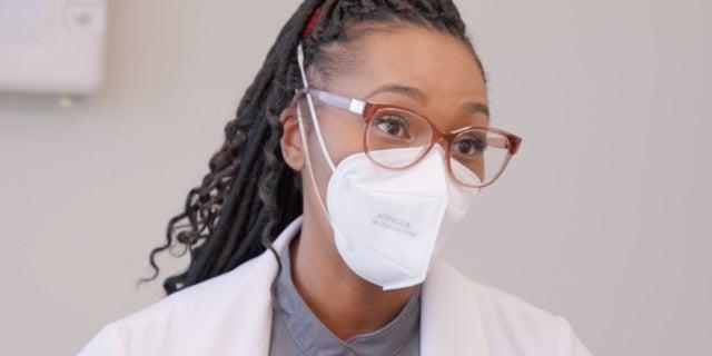 Dr Ebonie