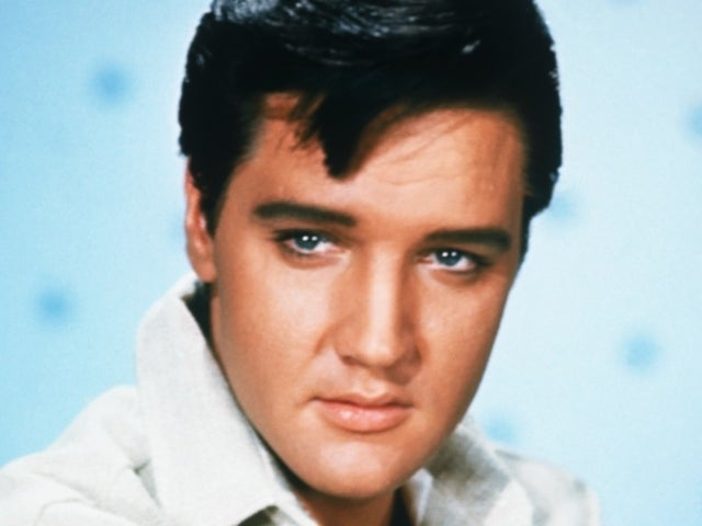 Elvis Presley Remembered by Fans on 44th Anniversary of His Death