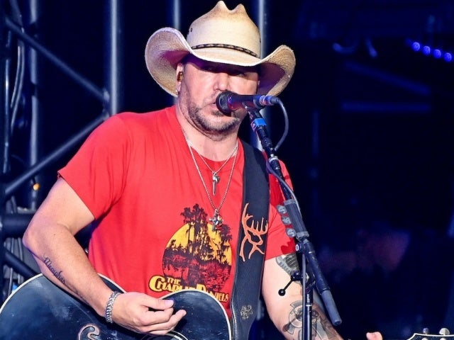 Jason Aldean Mourns Loss of Security Guard Who Saved Him During Route 91 Festival Shooting