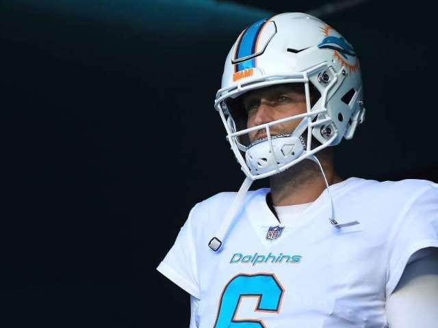 Jay Cutler Lashes out After Instagram Flags His Anti-Mask Post