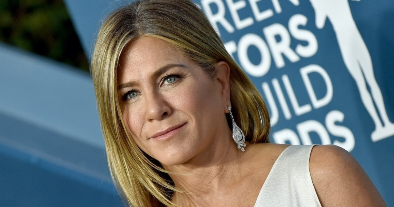 Jennifer Aniston Reveals Reason for Severing Ties With Some Friends Amid Pandemic.jpg