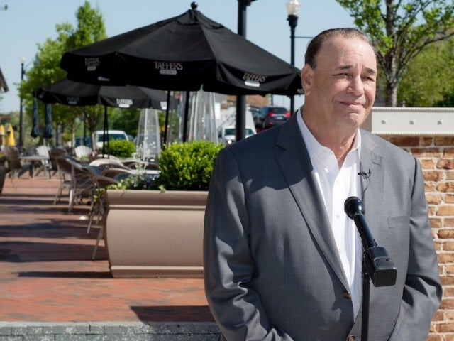 'Bar Rescue' Star Jon Taffer Apologizes After Comparison of Restaurant Workers to 'Obedient Dogs'