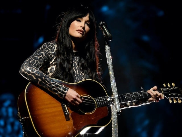 Kacey Musgraves Previews 2 New Songs From Upcoming Album