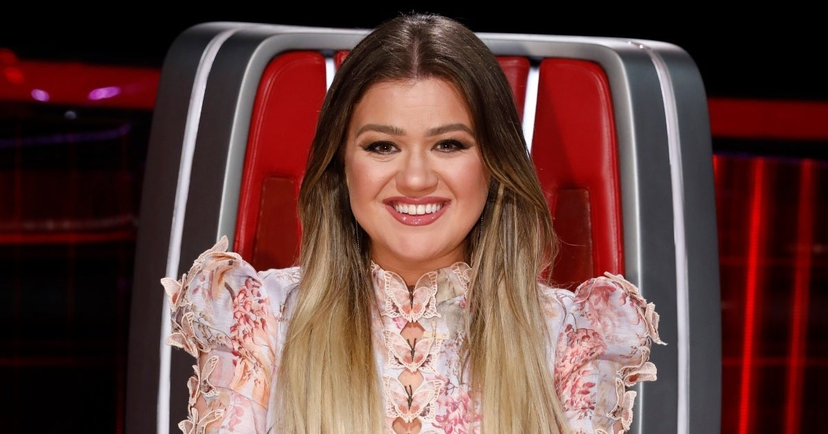 kelly clarkson getty images nbc the voice 2021