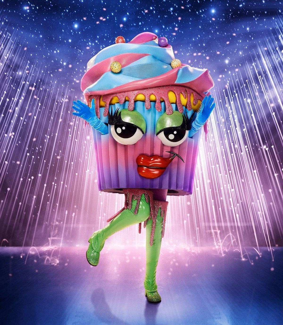 masked-singer-season-6-cupcake-fox