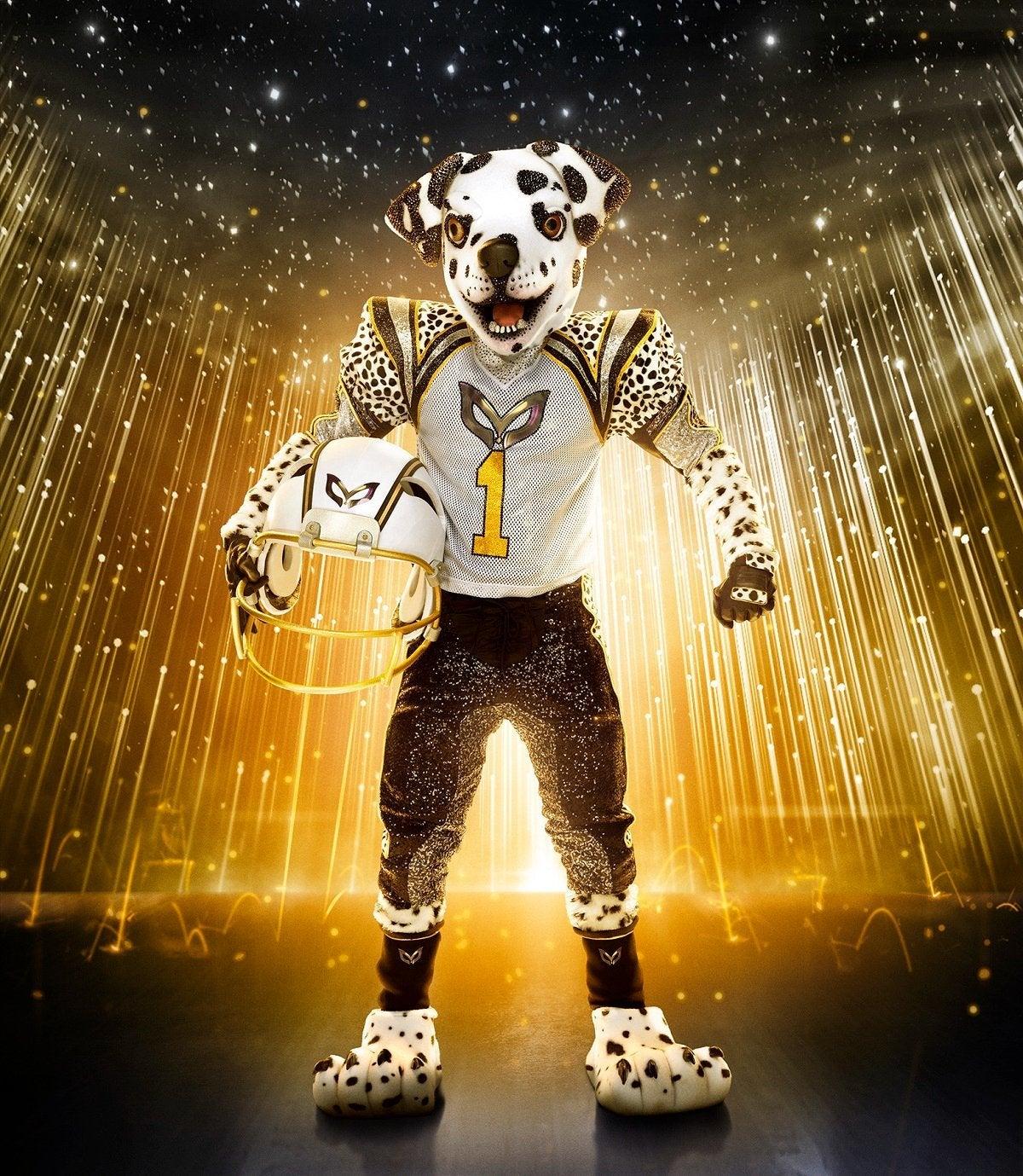 masked-singer-season-6-dalmatian-fox