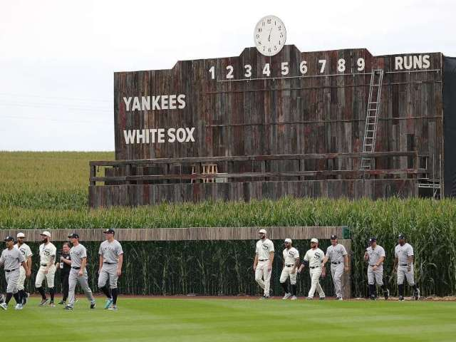 MLB Reportedly Makes Decision on Having Field of Dreams Game for 2022 Season