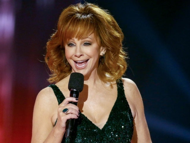 Reba McEntire Shares Track List for Upcoming Album 'REVIVED REMIXED REVISITED'