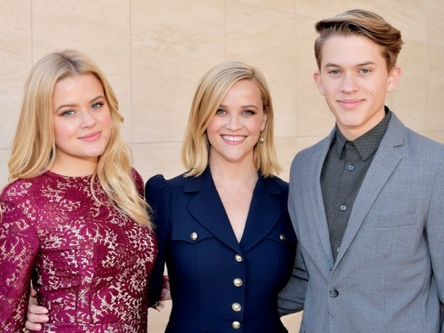 Reese Witherspoon Shares Another Identical Snap With Her Oldest Kids