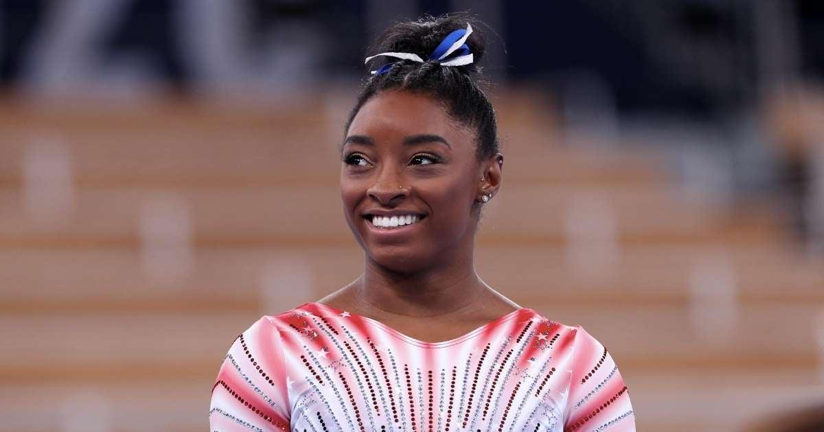 Simone Biles boyfriend sends messages Olympics star winning bronze medal