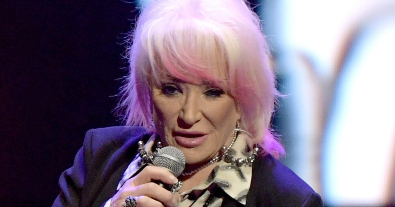 Tanya Tucker Cancels Additional Shows After Hip Surgery.jpg