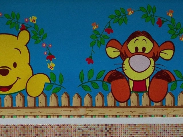 Flag Depicting 'Winnie the Pooh' Character Tigger Sparks Wild Dispute From Neighbor in Viral Video